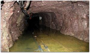 Důlní havárie v Číně a profesionalita záchranářů